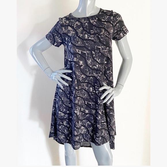 LuLaRoe Dresses & Skirts - NEW LulaRoe Carly Gray Print High-Low Swing Dress